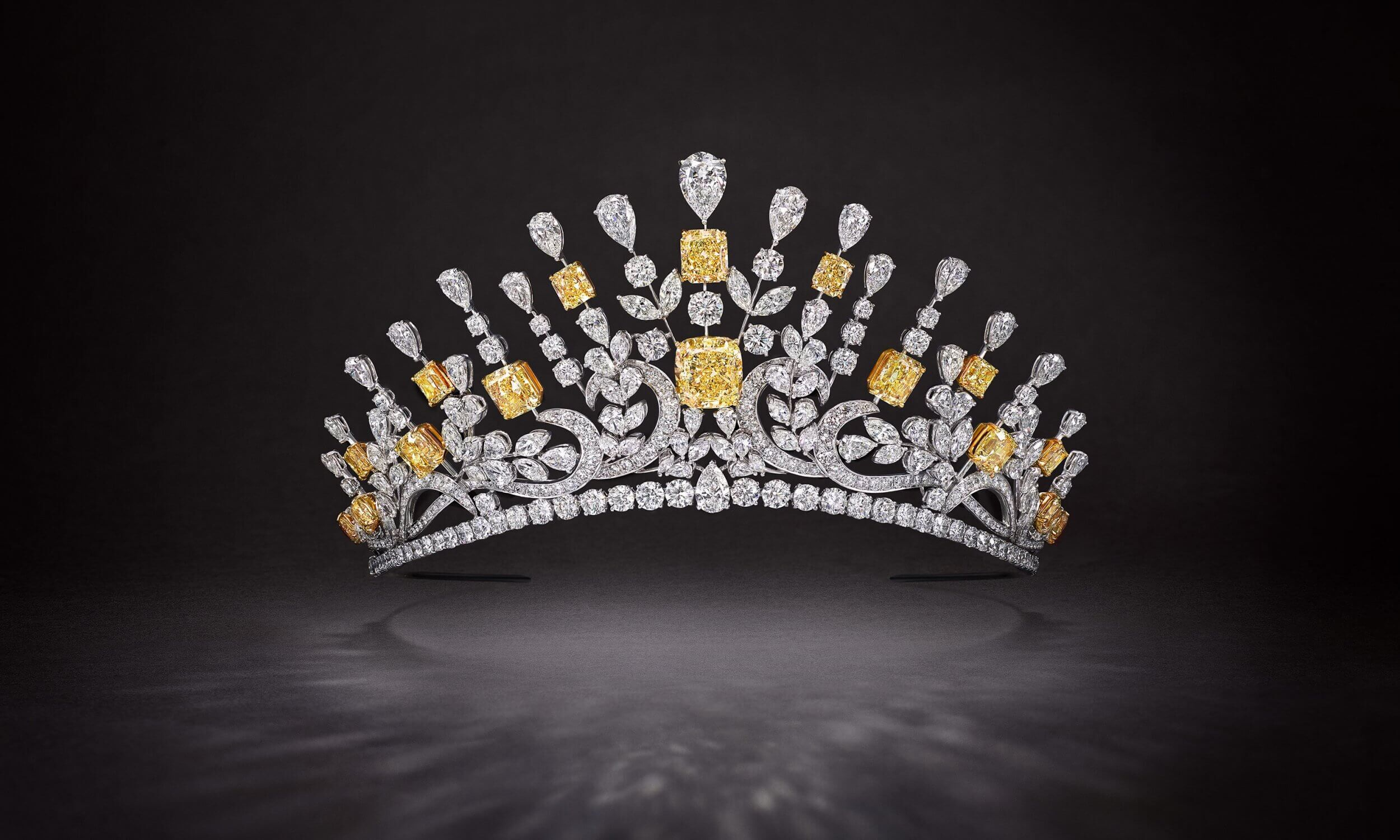 Graff 177.6 ct yellow and white diamond tiara