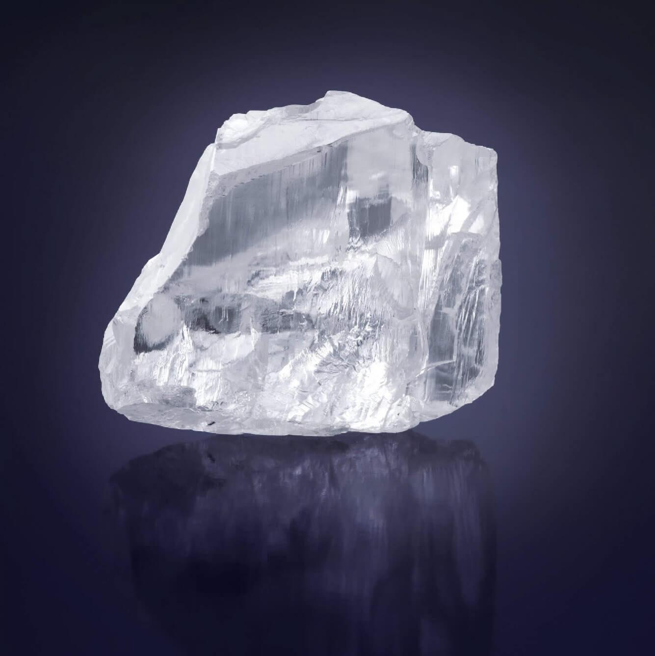 The Graff Meya Prosperity rough diamond and a model