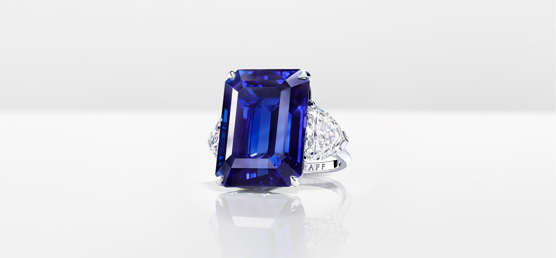 A Graff high jewellery sapphire and diamond bracelet
