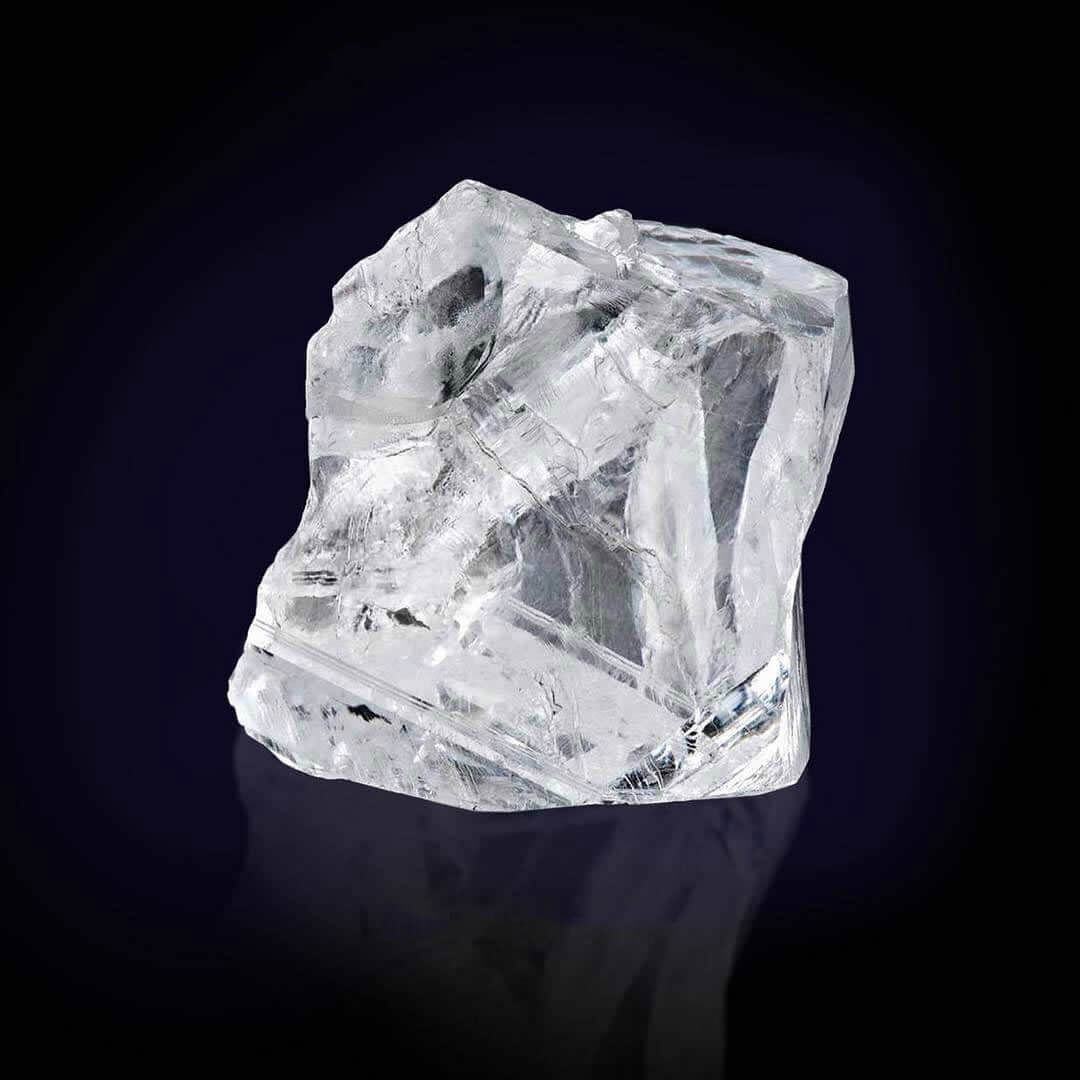 spectacular 373 carat rough Diamond acquired by Graff
