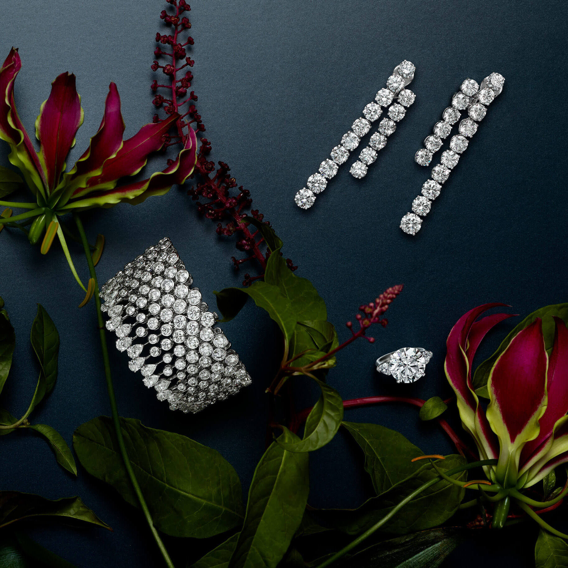 Graff diamond High jewellery with flowers decorations