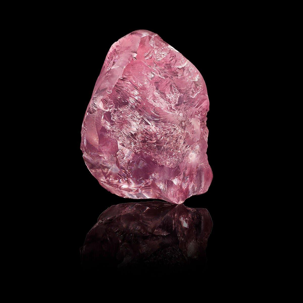 13.33 carat pink rough stone of the Graff Lesotho Pink Diamond