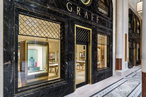Exterior of the Graff Monaco Hotel de Paris jewellery boutique