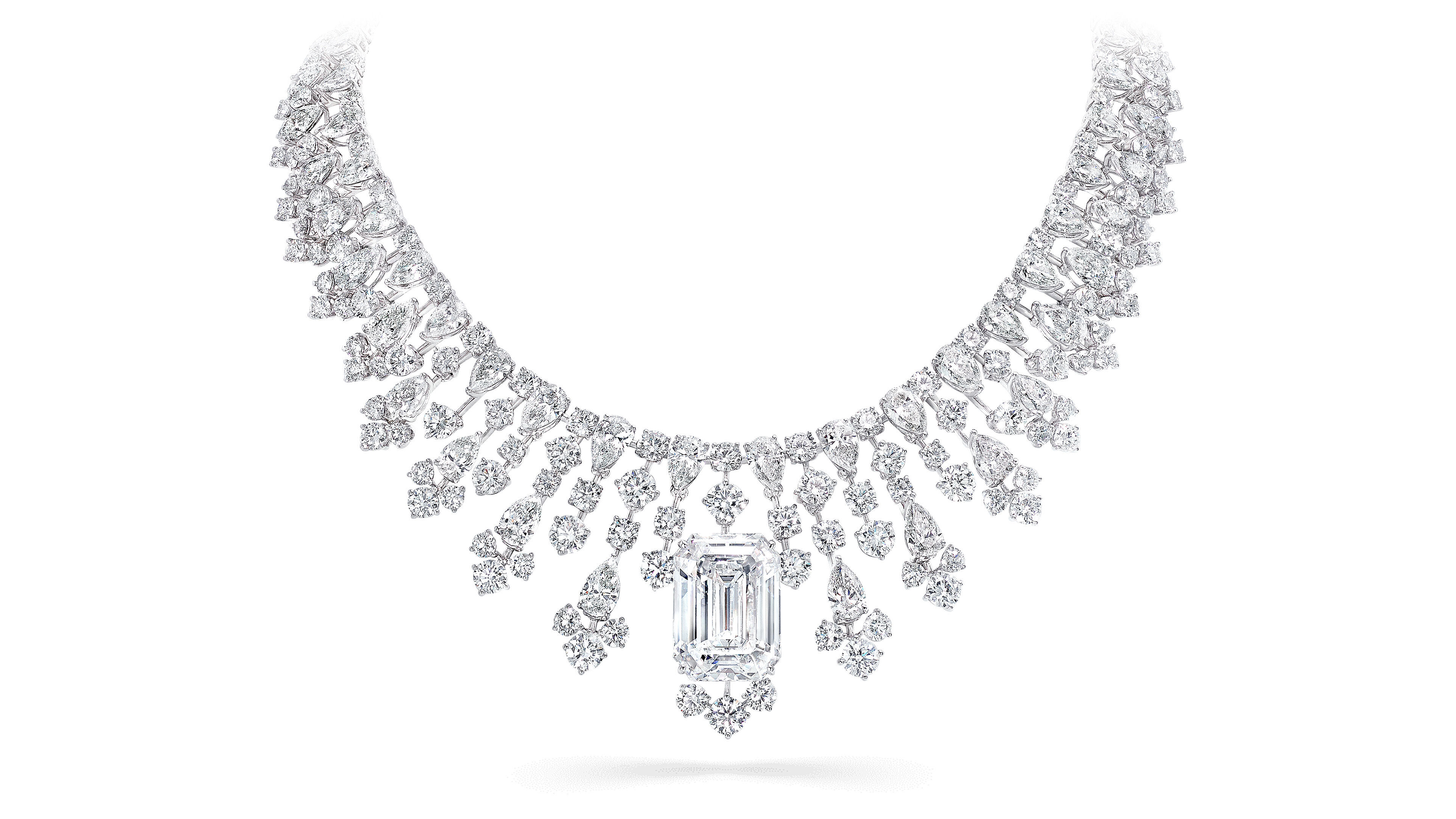 A Graff high jewellery diamond necklace featuring an emerald cut diamond