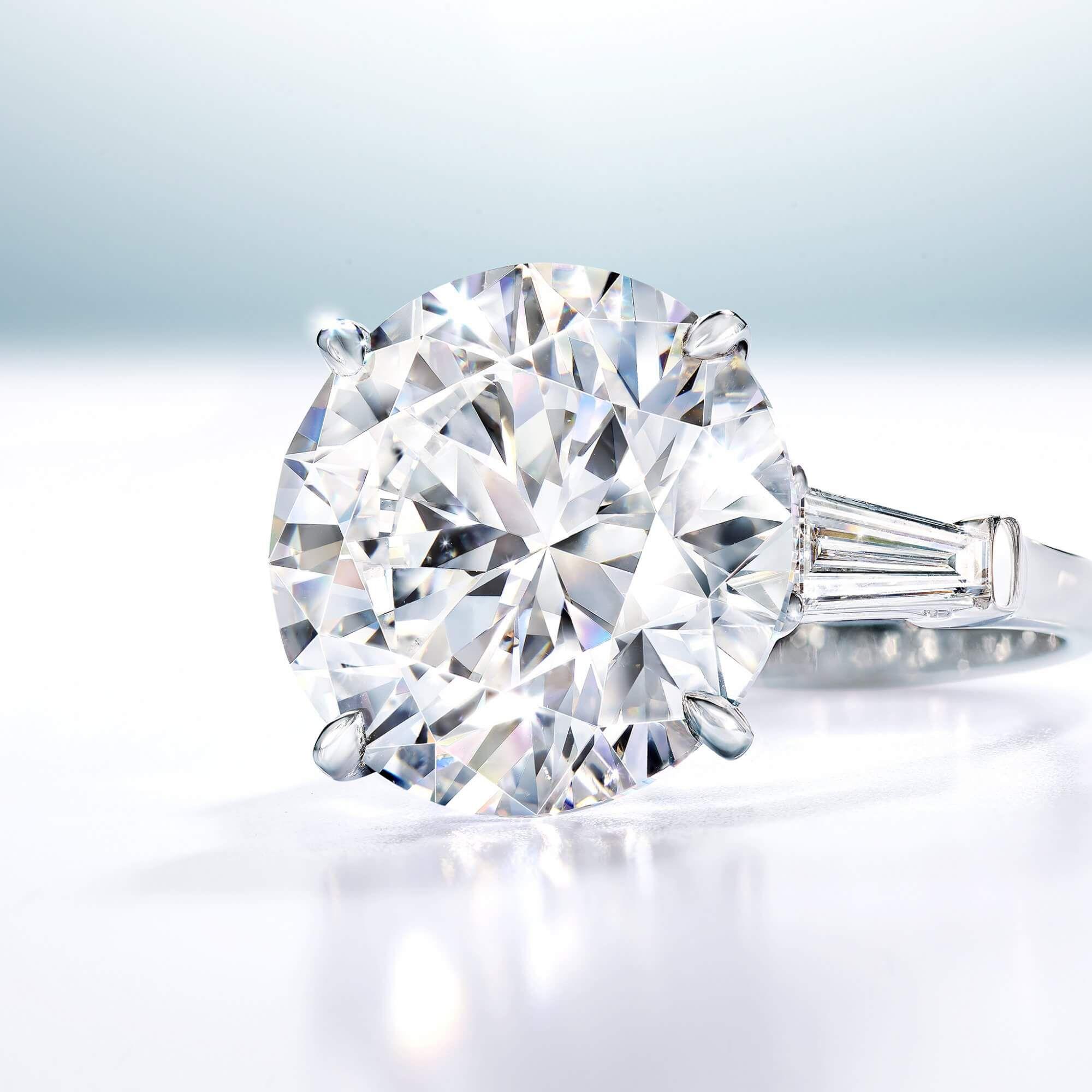 A 11.15 D Flawless Round Diamond Graff ring