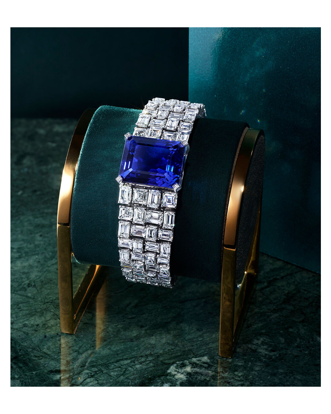 A Graff high jewellery sapphire and diamond bracelet