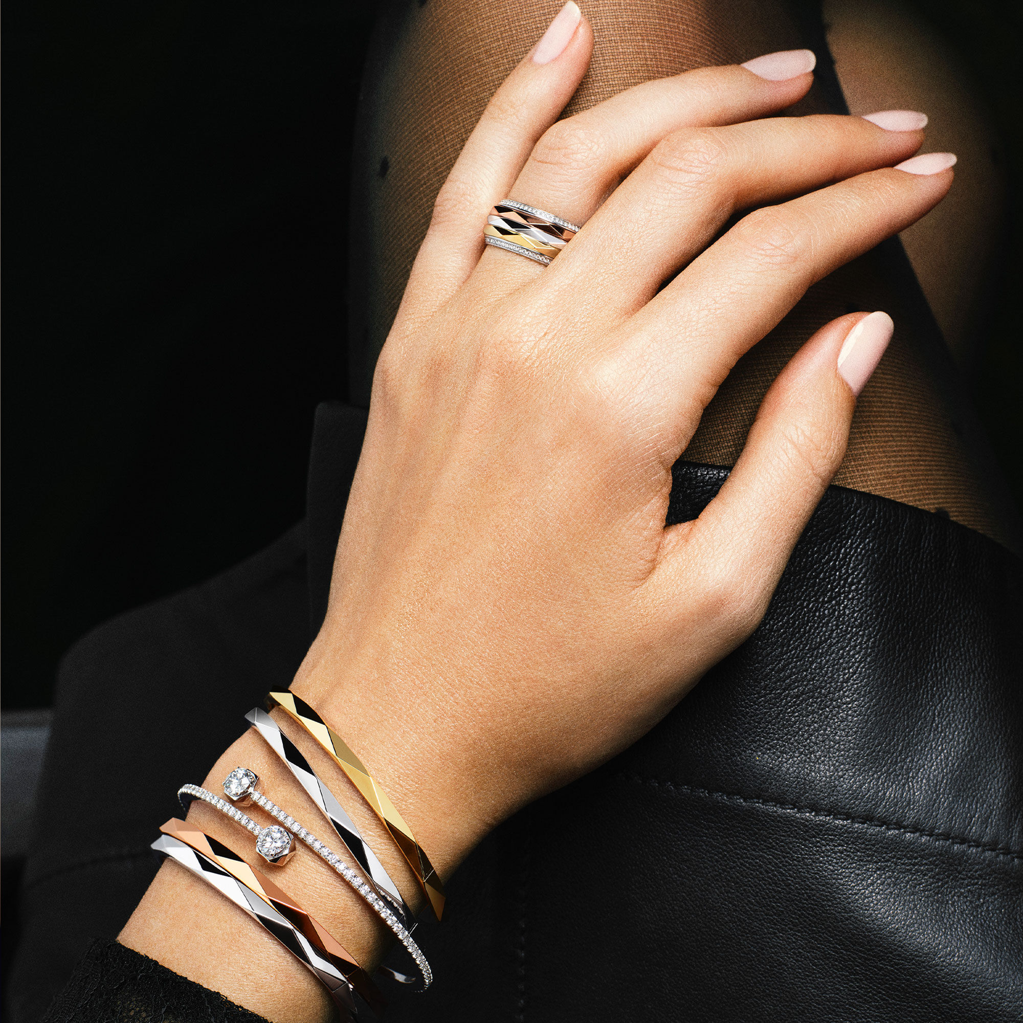 Close up of a model wears Laurence Graff collection diamond jewellery