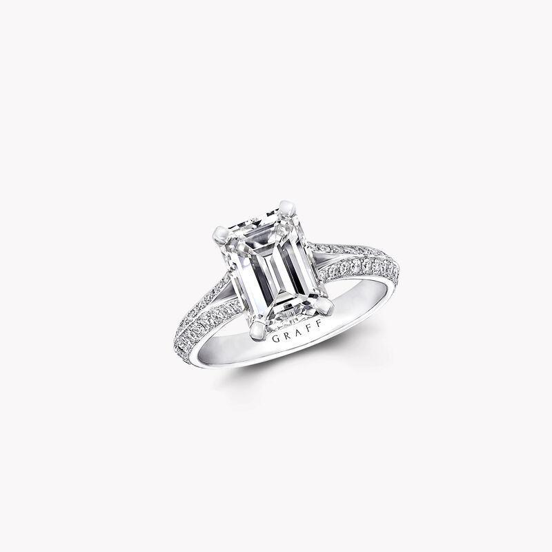 Bague de fiançailles en diamants taille émeraude Legacy, , hi-res