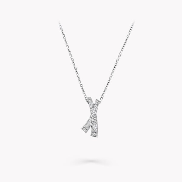 Kiss Pavé Diamond Pendant, , hi-res