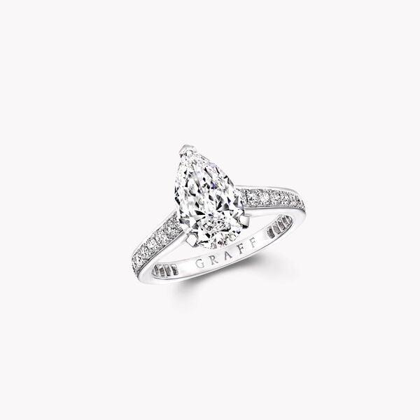 Flame梨形鑽石訂婚戒指, , hi-res