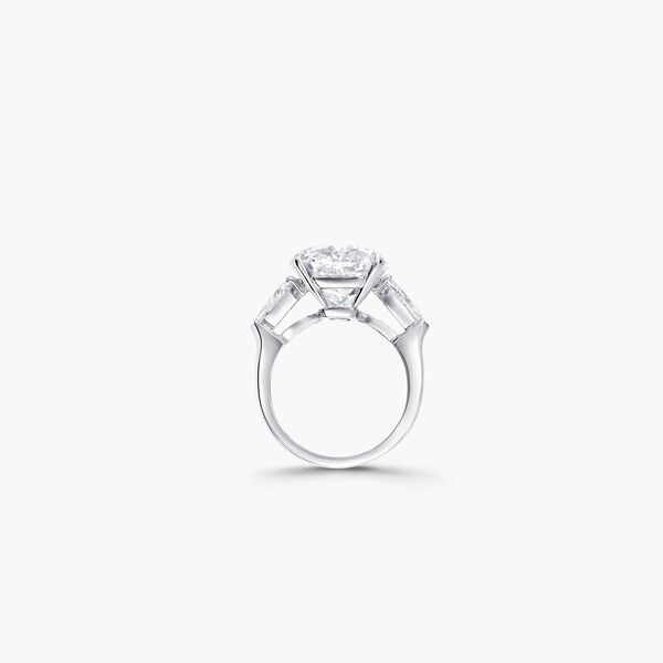 Cushion Cut Diamond High Jewellery Ring, , hi-res