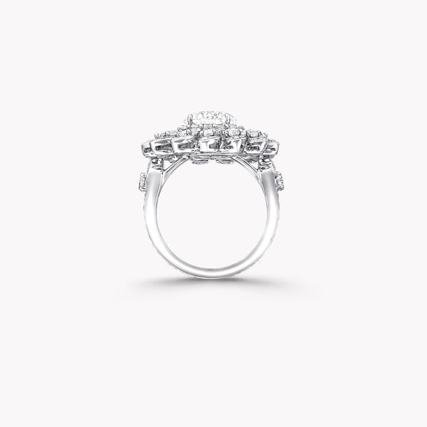 Graff Gateway Classic Pavé Diamond Ring, , hi-res