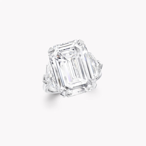 Emerald Cut Diamond High Jewellery Ring, , hi-res