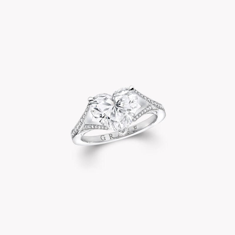 Bague en diamants en forme de cœur, , hi-res