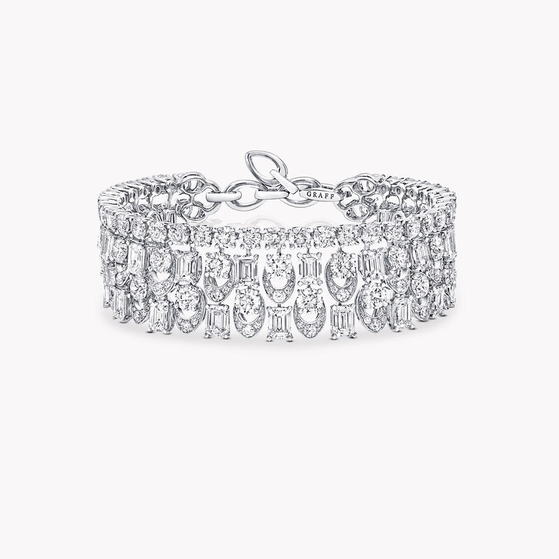 Graff Gateway Diamond High Jewellery Bangle, , hi-res