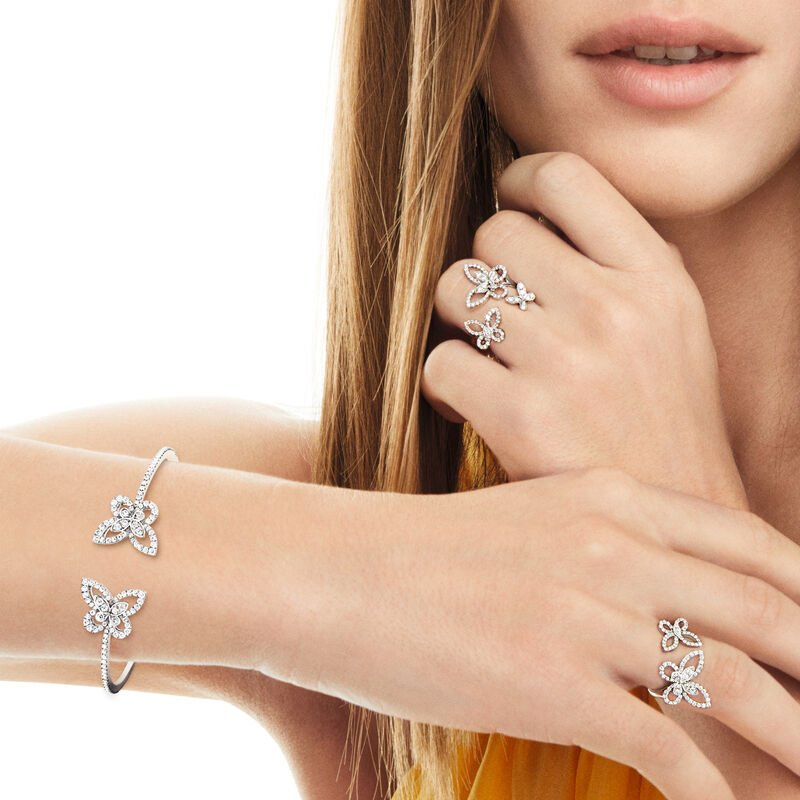 Bracelet rigide en diamants Double Butterfly Silhouette, , hi-res
