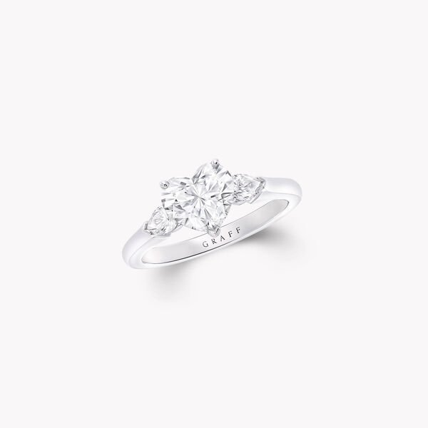 Promise心形鑽石訂婚戒指, , hi-res