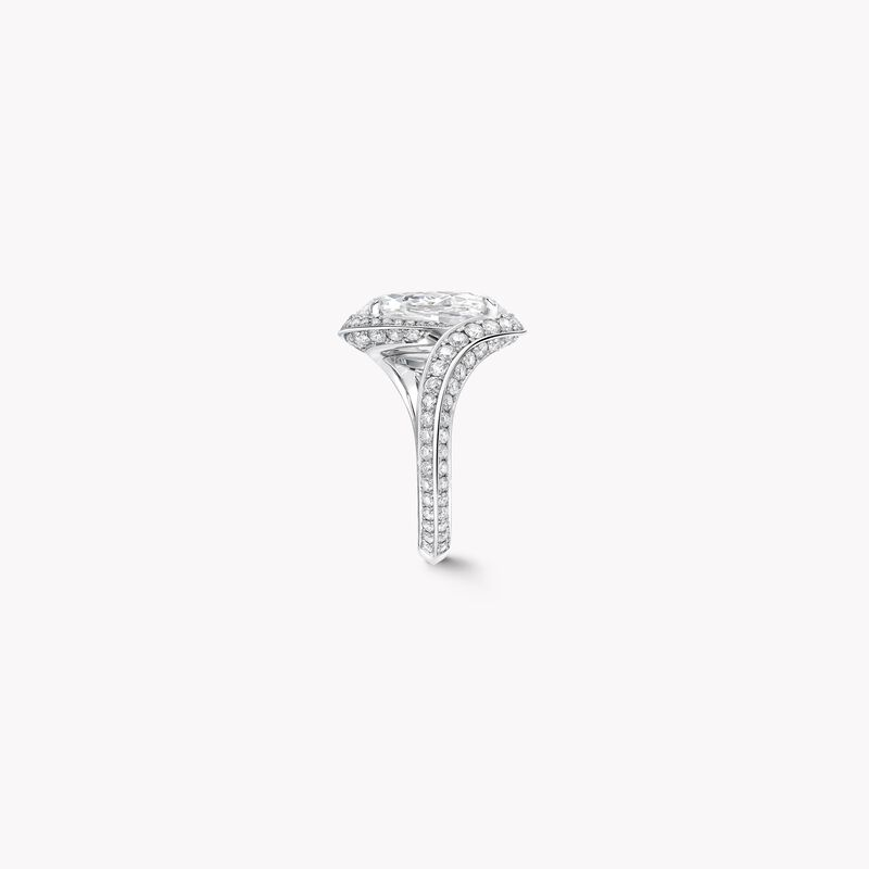 Oval Diamond High Jewellery Ring, , hi-res