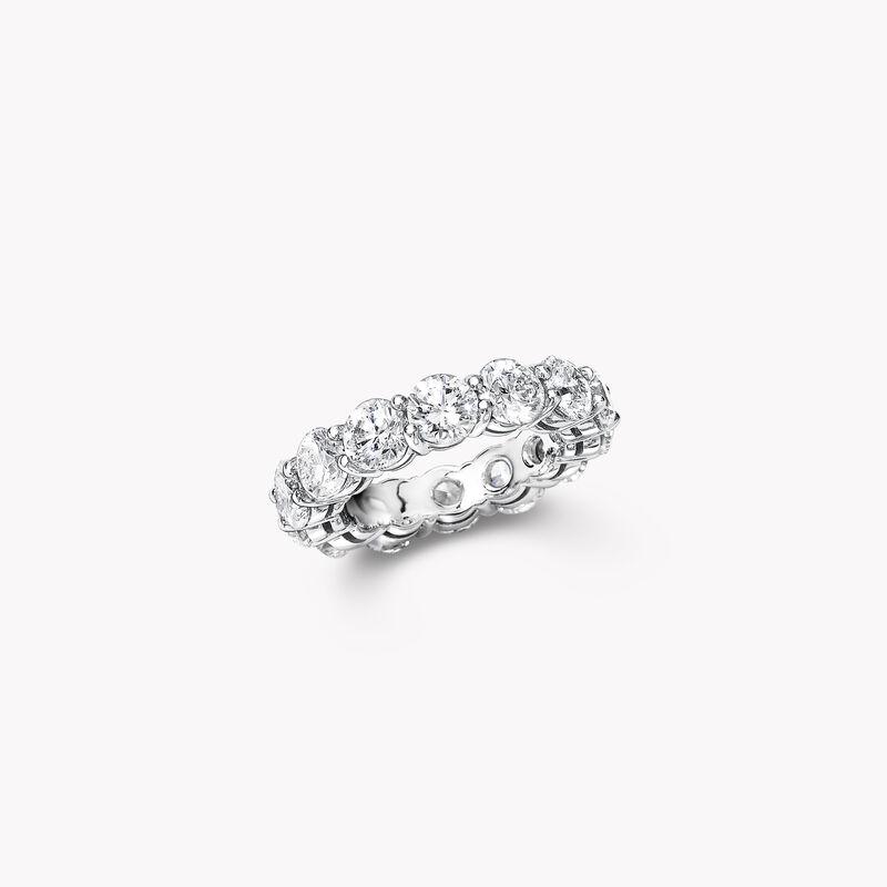 Shared Claw Round Diamond Wedding Band, , hi-res