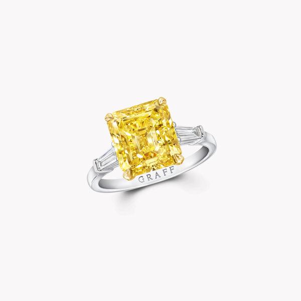 Promise祖母绿形切割黄钻订婚戒指, , hi-res