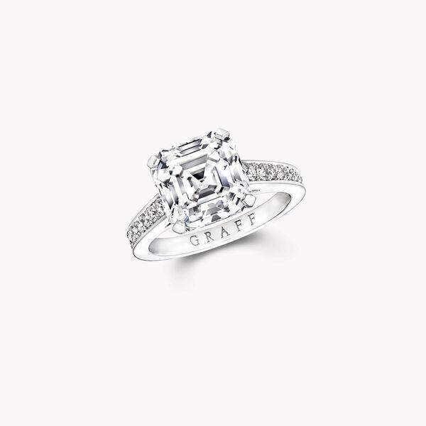 Flame正方形祖母绿形切割钻石订婚戒指, , hi-res