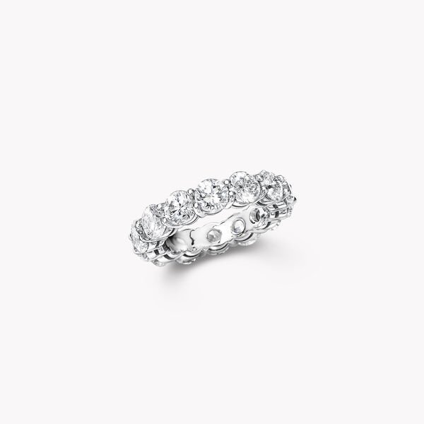 Shared Claw Round Diamond Wedding Band, , hi-res