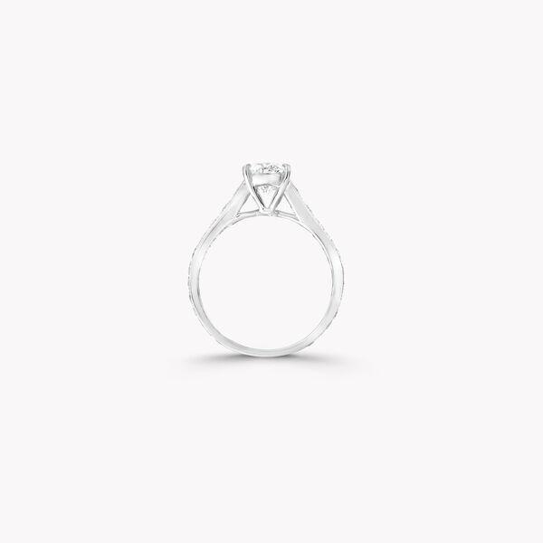 Flame橢圓形鑽石訂婚戒指, , hi-res