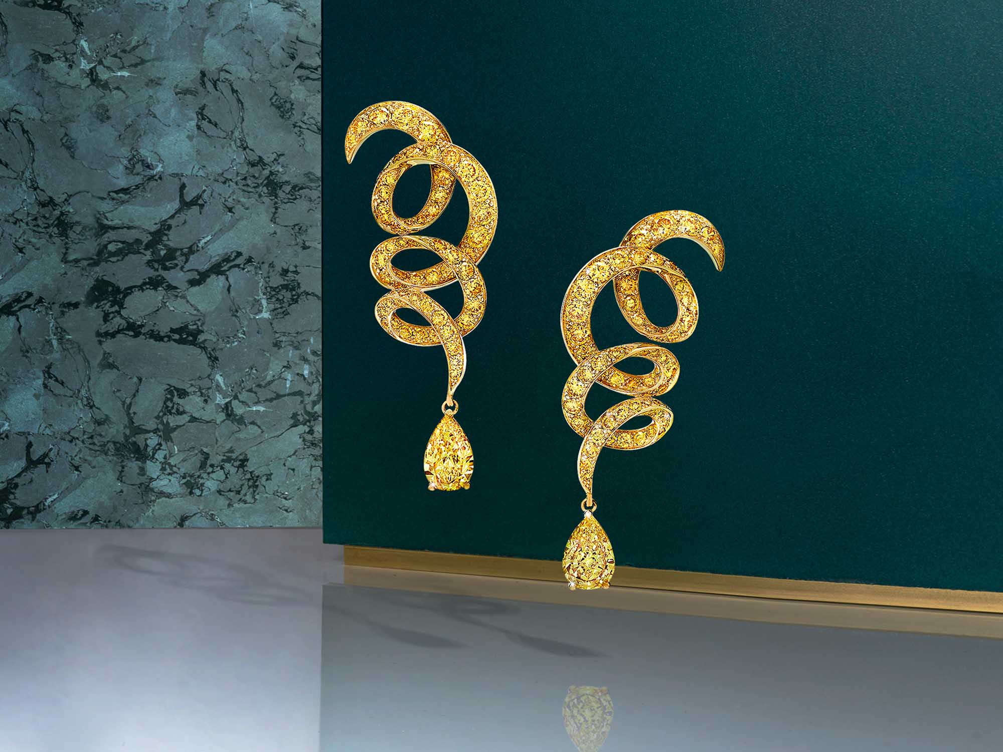 Inspired by Twombly yellow Diamonds Drop Earrings from the Graff jewellery collection