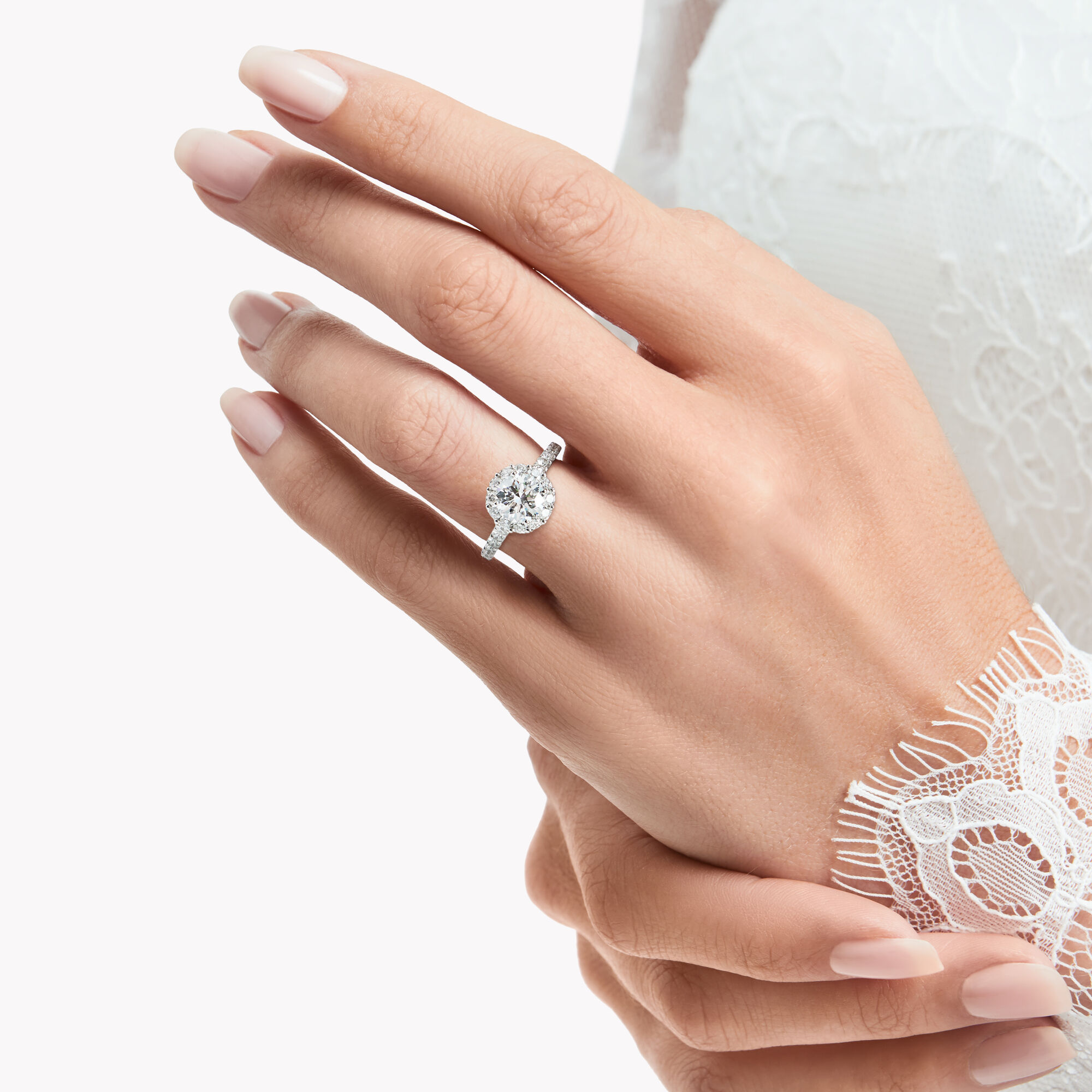 Model wearing Icon Round Diamond Engagement Ring DIAMOND PAVÉ BAND, WHITE GOLD